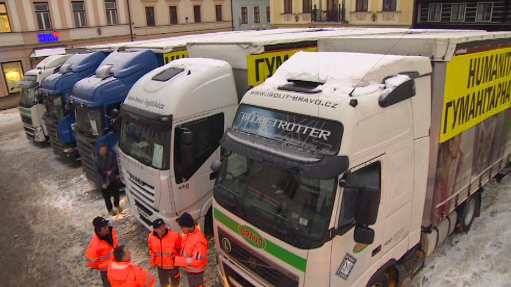 Kamiony s humanitární pomocí pro Ukrajinu