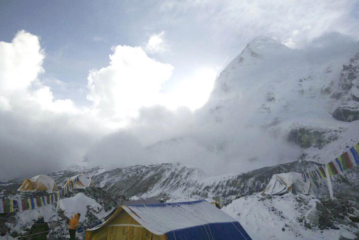 Lavina na Mount Everestu