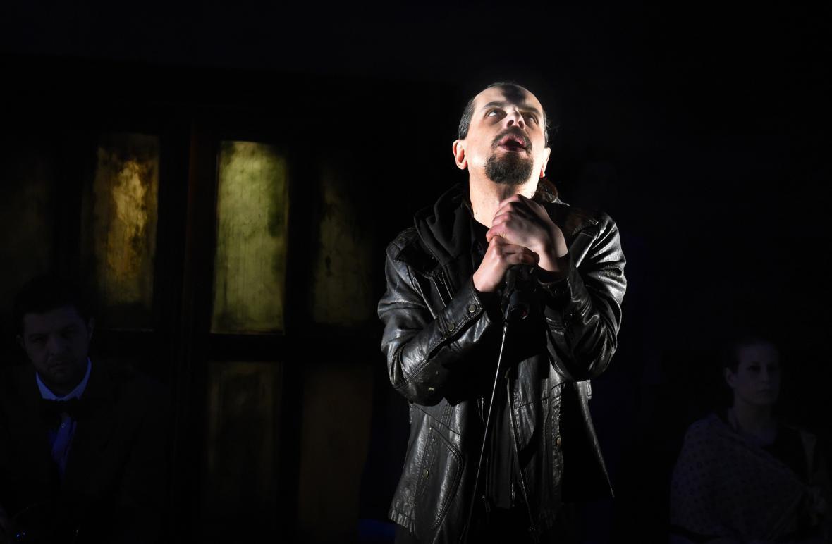Inscenace Baal Bertolda Brechta v Ostravě