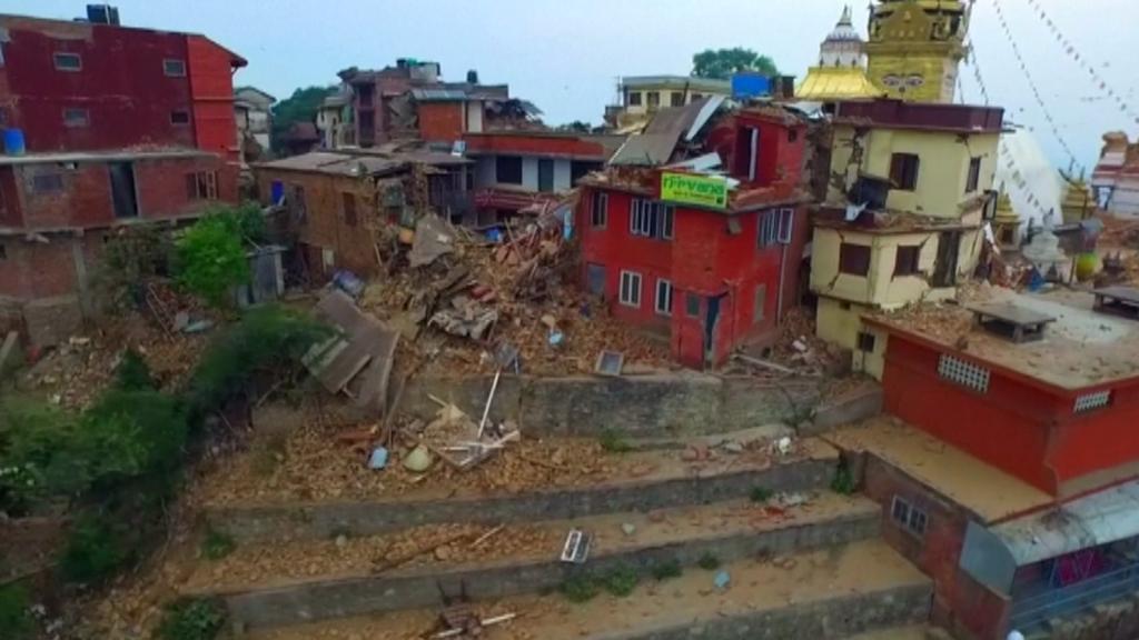 Záběry z dronu na Káthmándú po zemětřesení