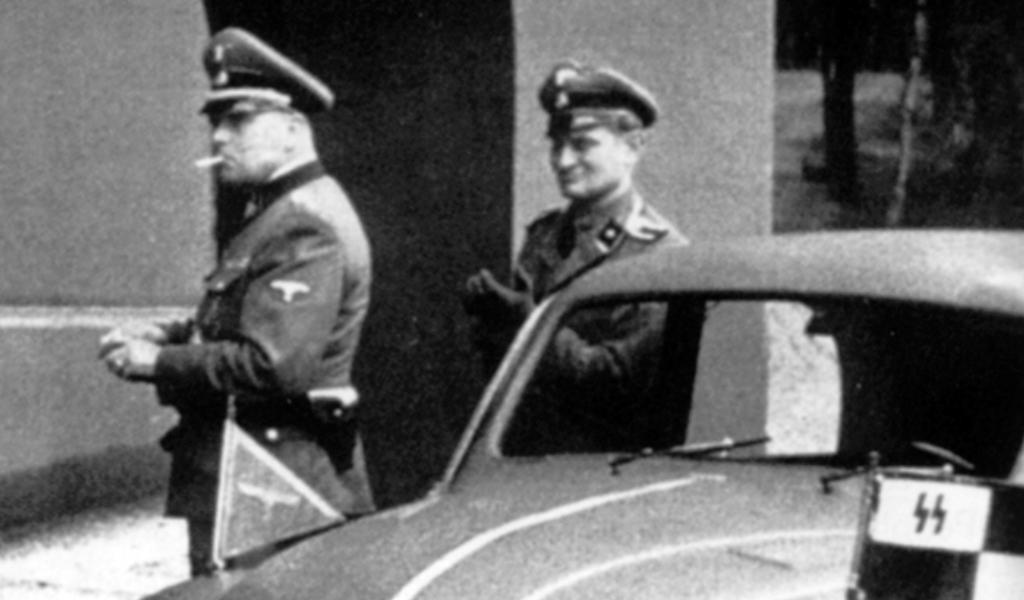Generálporučík Carl Friedrich von Pückler - Burghauss (vlevo)