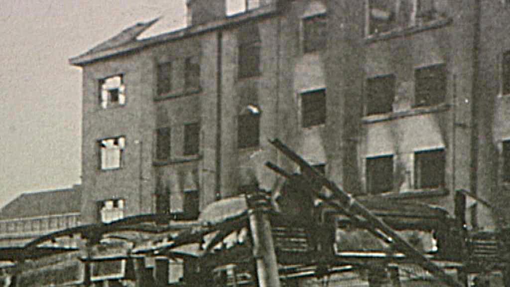 Vypálený dům na náměstí Hrdinů