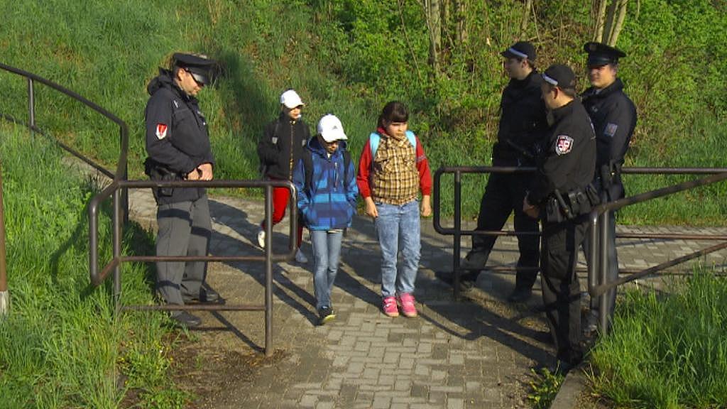 U přejezdu teď hlídkují policisté i strážníci