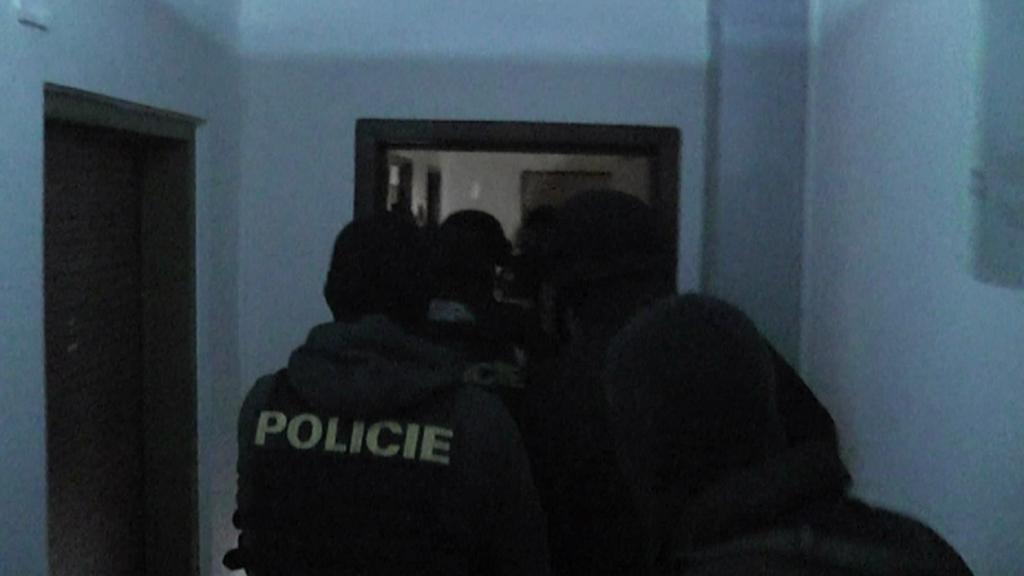 Zásah policie proti drogovému dealerovi