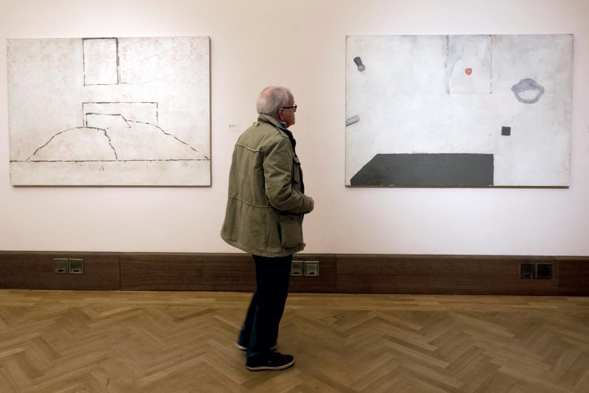 Výstava Anděl, stín Petra Veselého