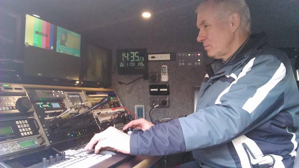 Vilém Urbánek odbavuje vysílání
