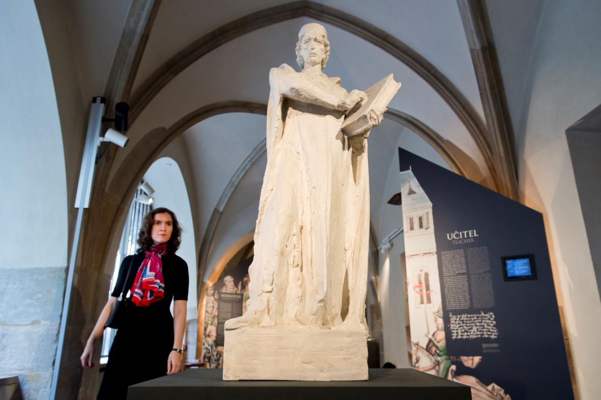 Sádrový model sochy Jana Husa od Karla Lidického
