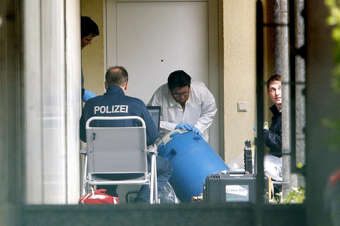 Německá policie v bytě podezřelých v Oberurselu