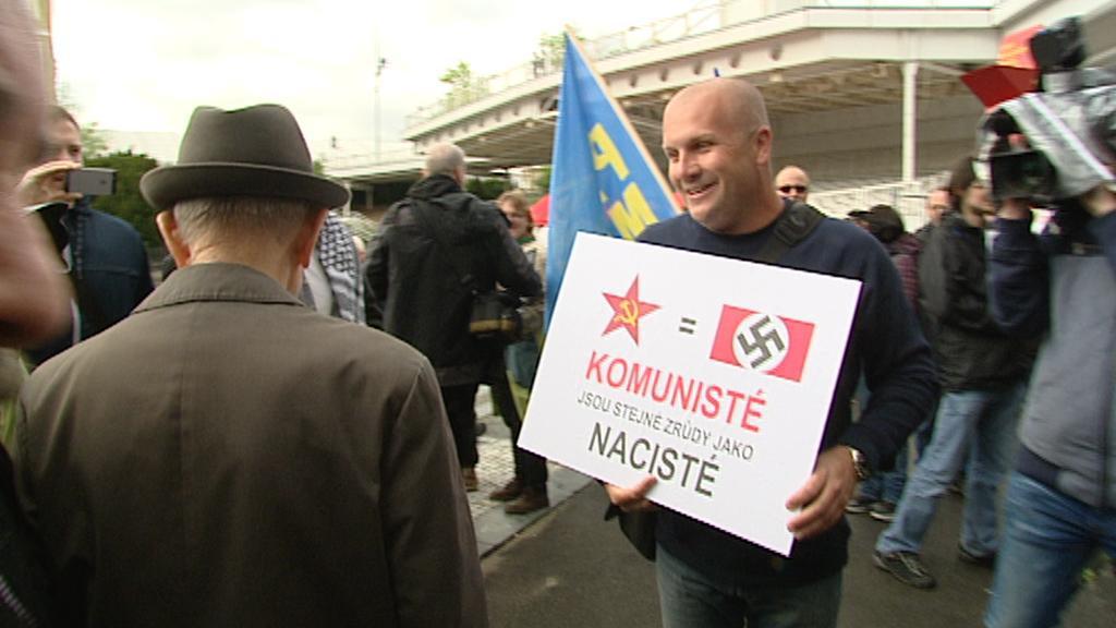Na akci komunistů nepřišli pouze příznivci