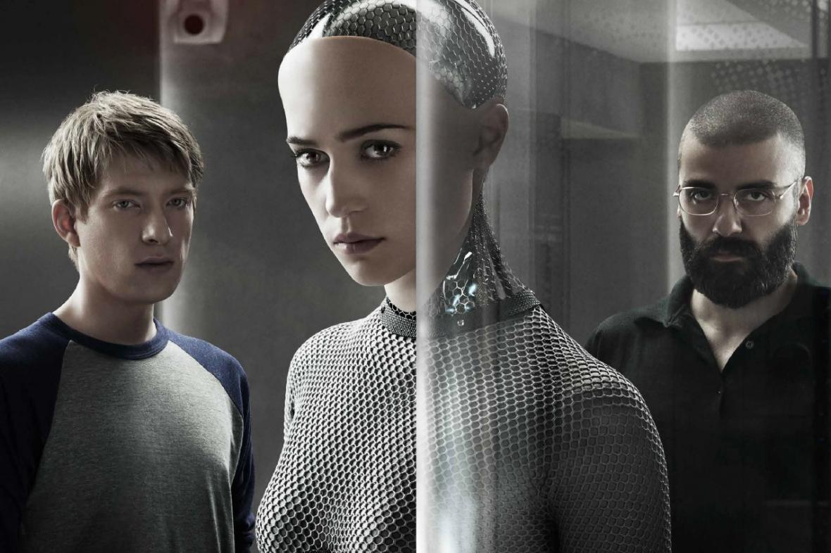 Ex Machina (režie Alex Garland, 2015)