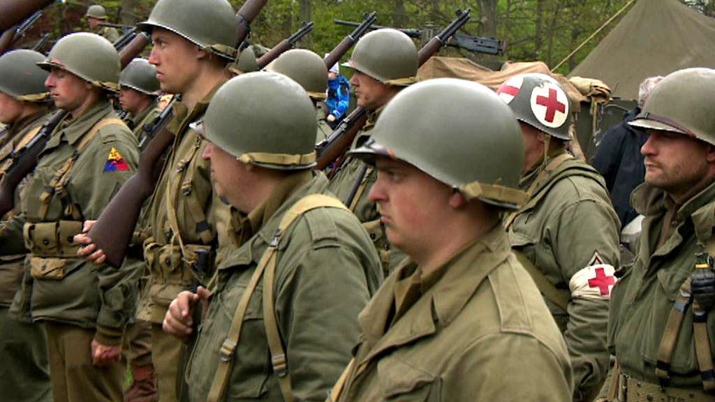 Nadšenci v amerických uniformách