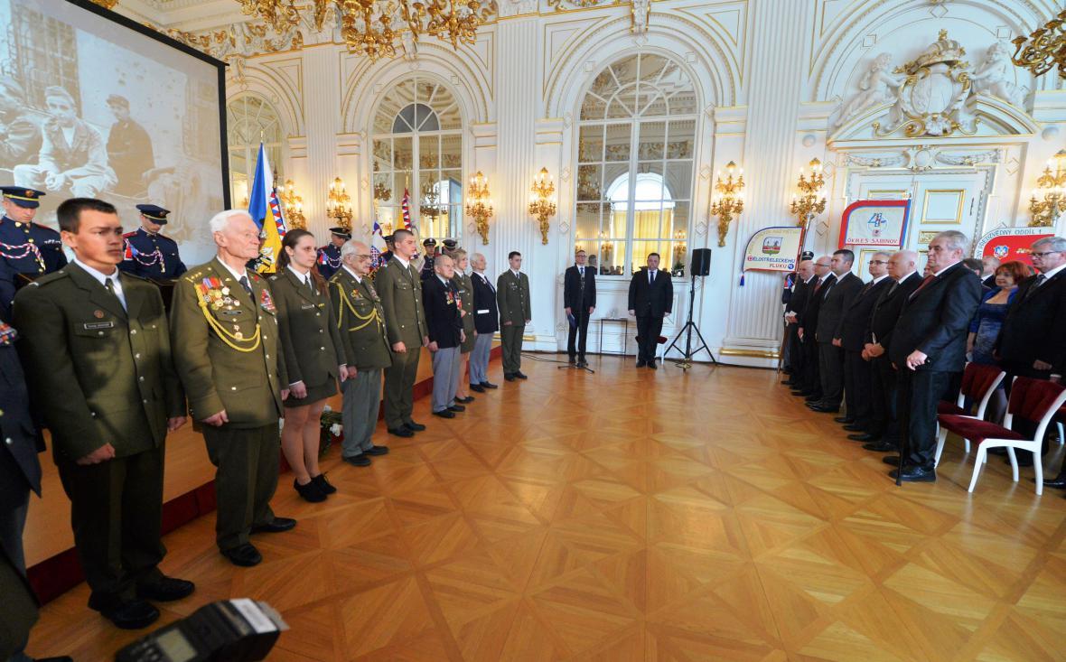 Oslavy 70 let od Pražského povstání na Hradě