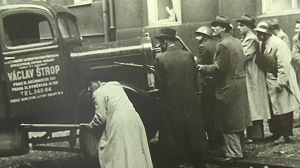 Boje o rozhlas stály v začátcích Pražského povstání