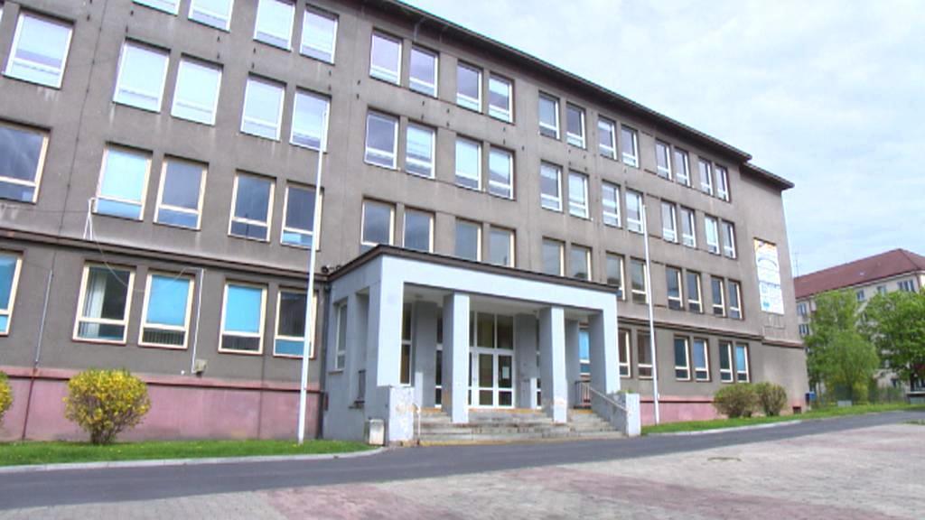 Opuštěná škola v Sokolově