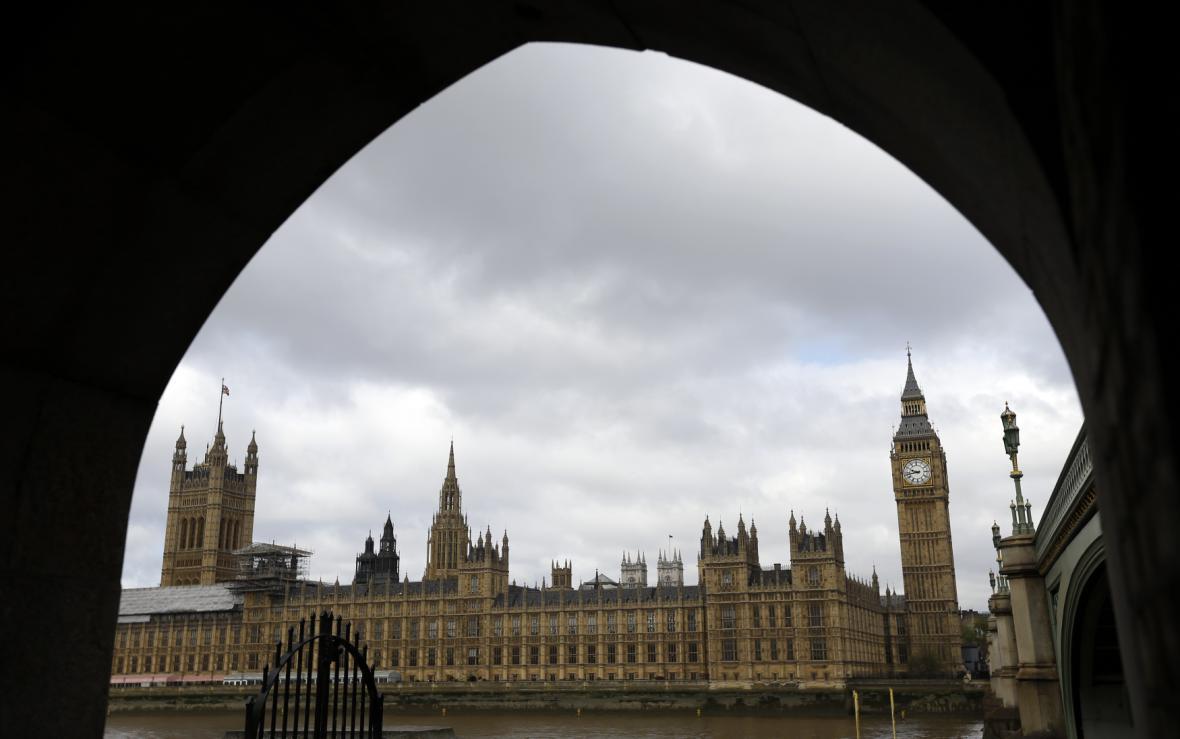 Westminsterský palác - sídlo britského parlamentu