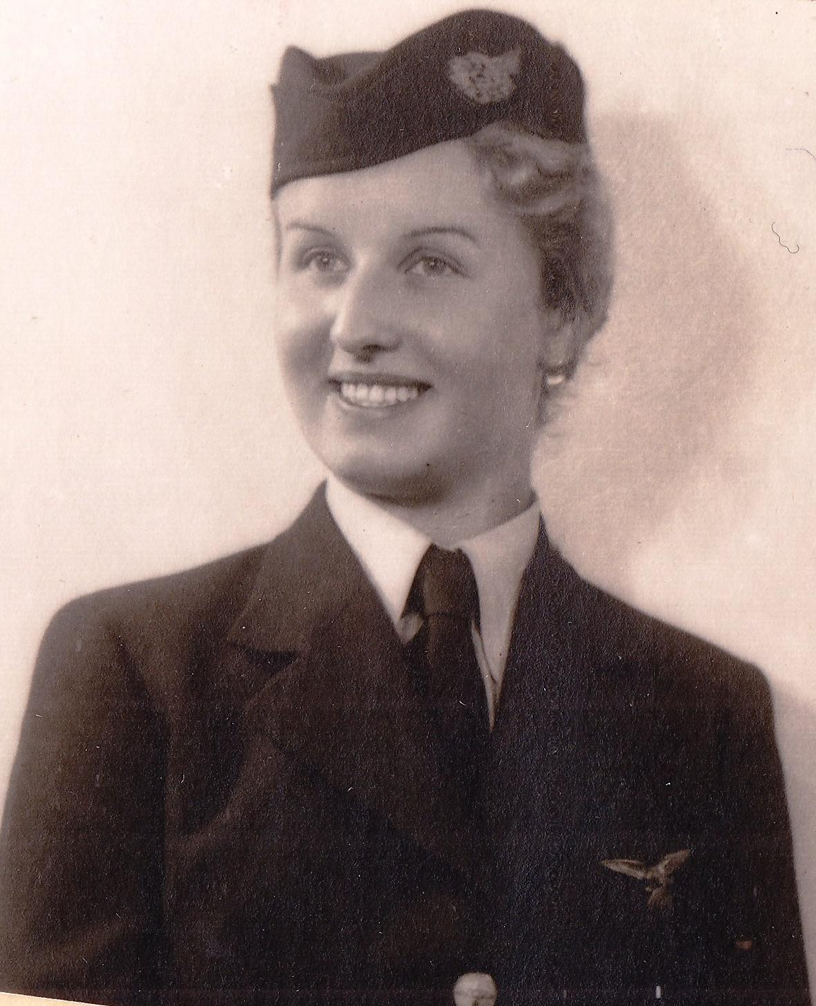 M. Stará v roce 1937