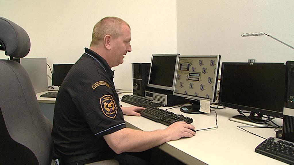 Z tohoto počítače se ovládají sirény v celé Praze