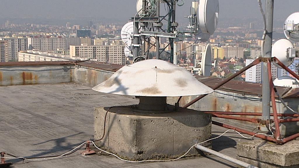 Siréna na nejvyšším paneláku ve střední Evropě