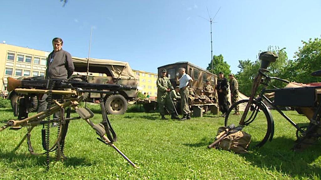 Oslavy konce války - dobový tábor v Praze