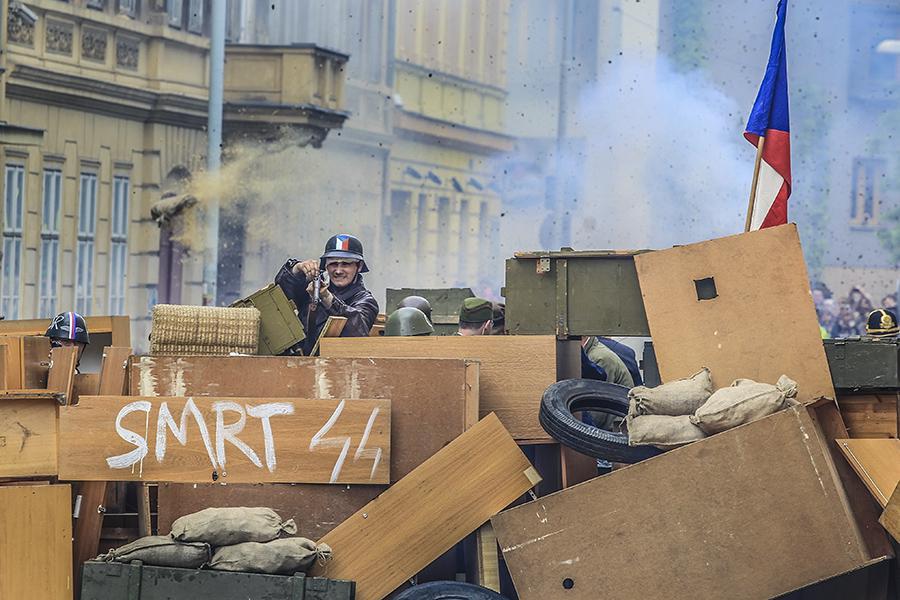 Rekonstrukce událostí Pražského povstání na Havlíčkově náměstí