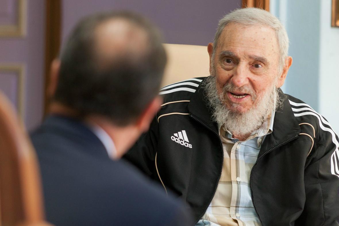 Fidel Castro přijal francouzského prezidenta