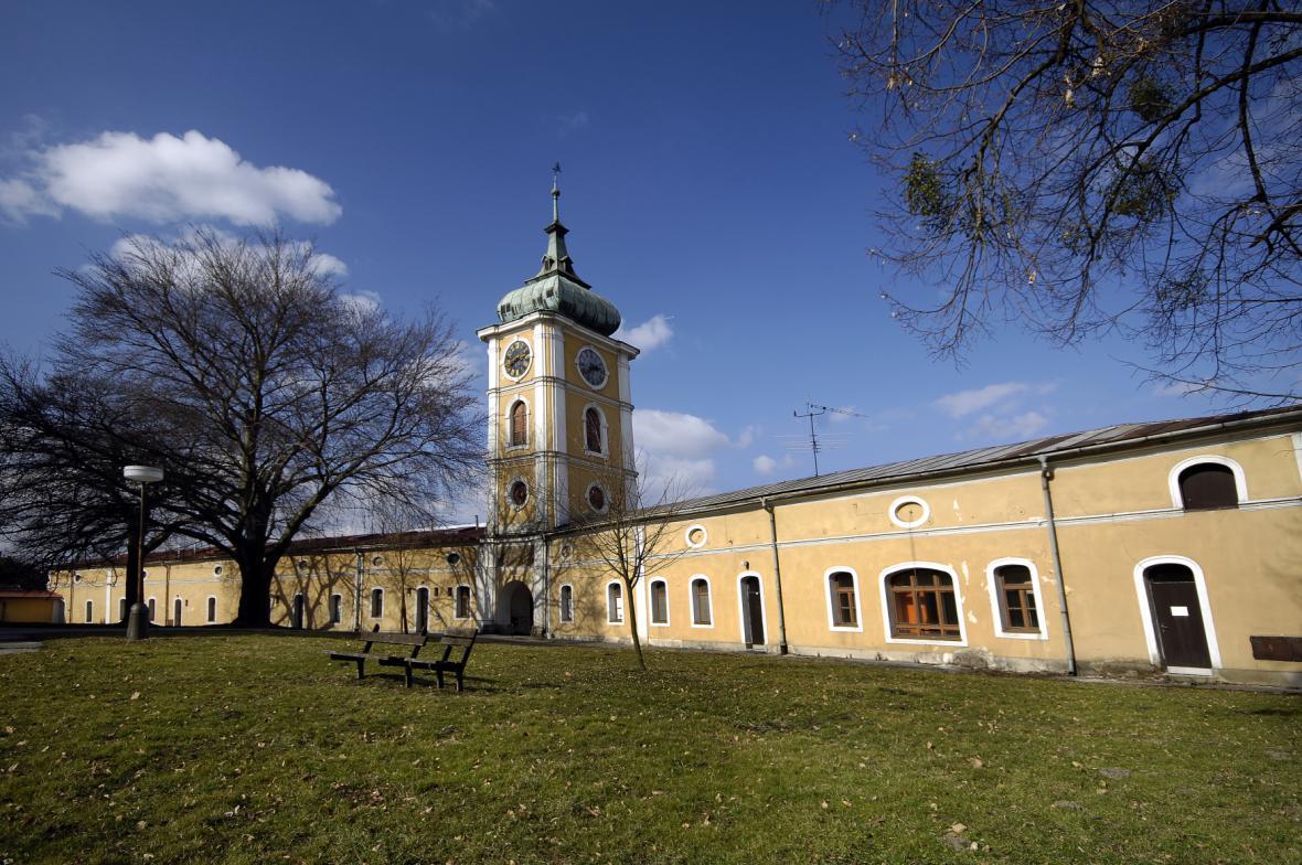 Předzámčí zámku Paskov
