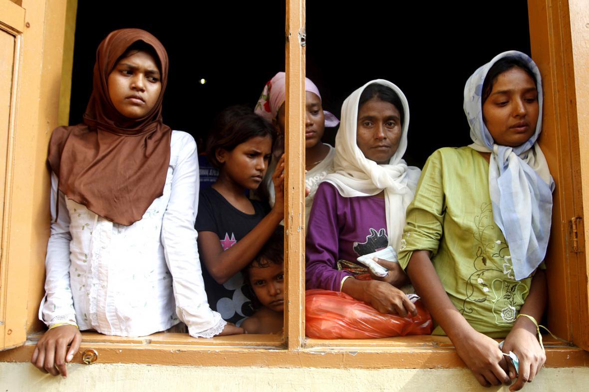 Rohingové zachránění o víkendu indonéskými úřady