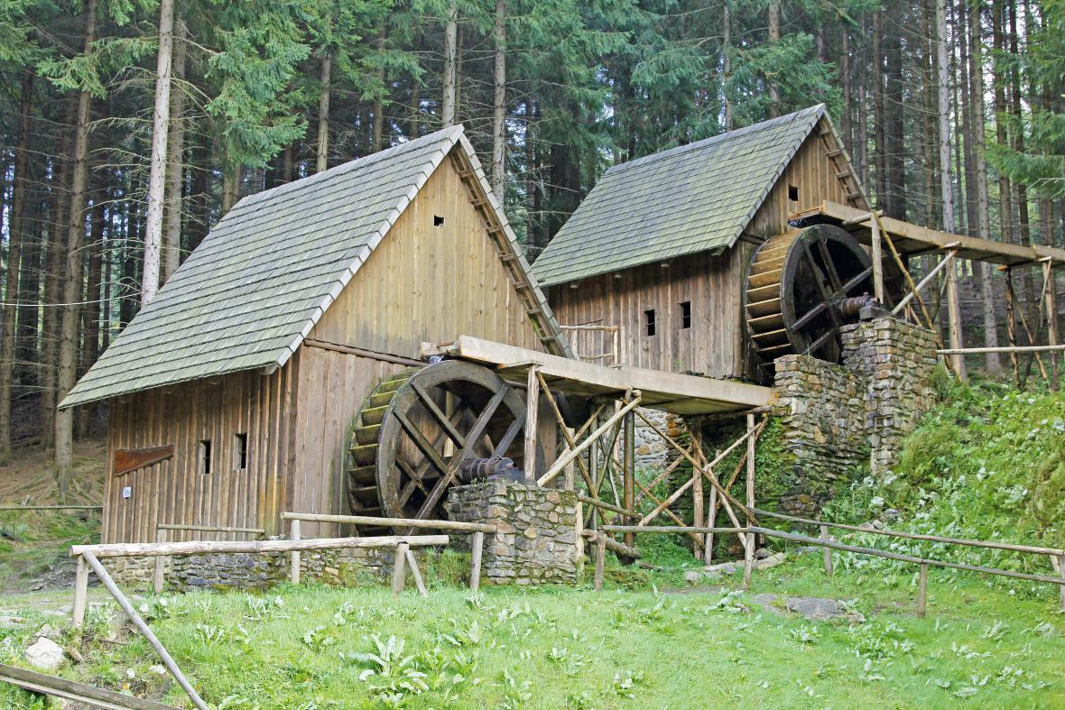 Historické zlatorudné mlýny ve skanzenu Zlaté hory