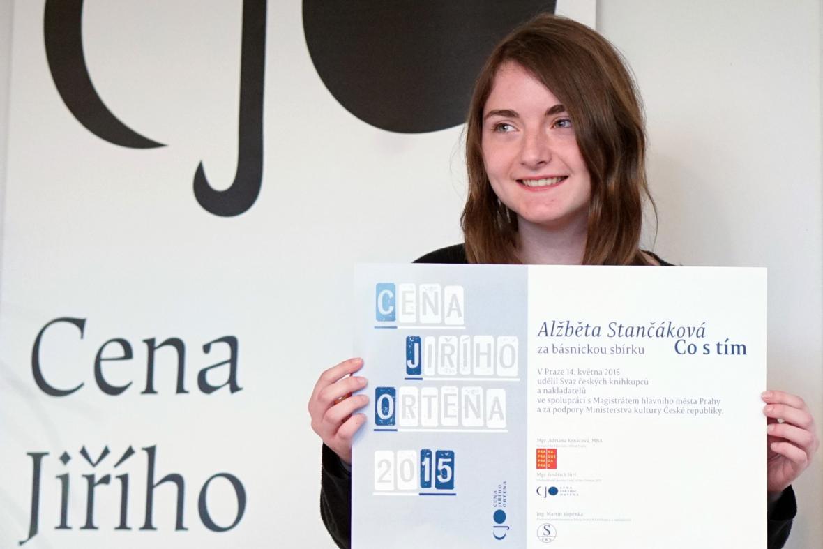 Cena Jiřího Ortena 2015: Alžběta Stančáková za sbírku Co s tím