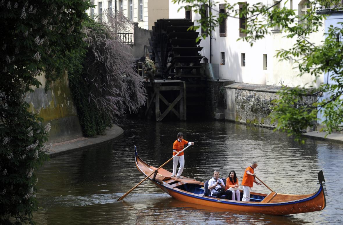 Benátské gondoly v Čertovce