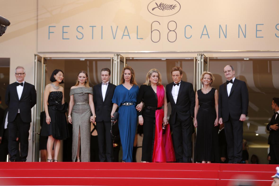 Cannes 2015: delegace k filmu Hlavu vzhůru