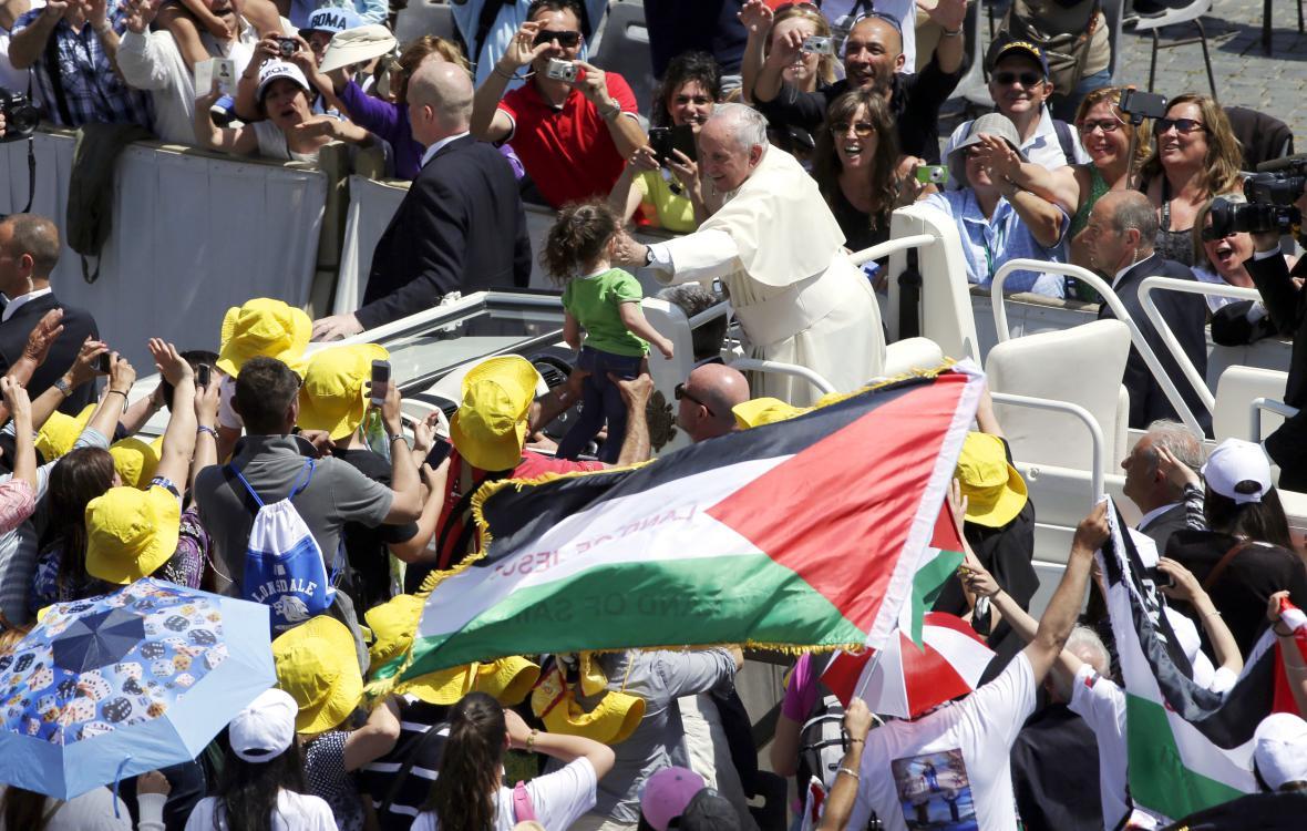 Papež František u věřících z Palestiny