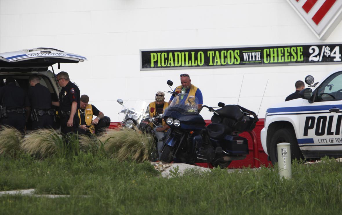 Na místě zasáhla policie
