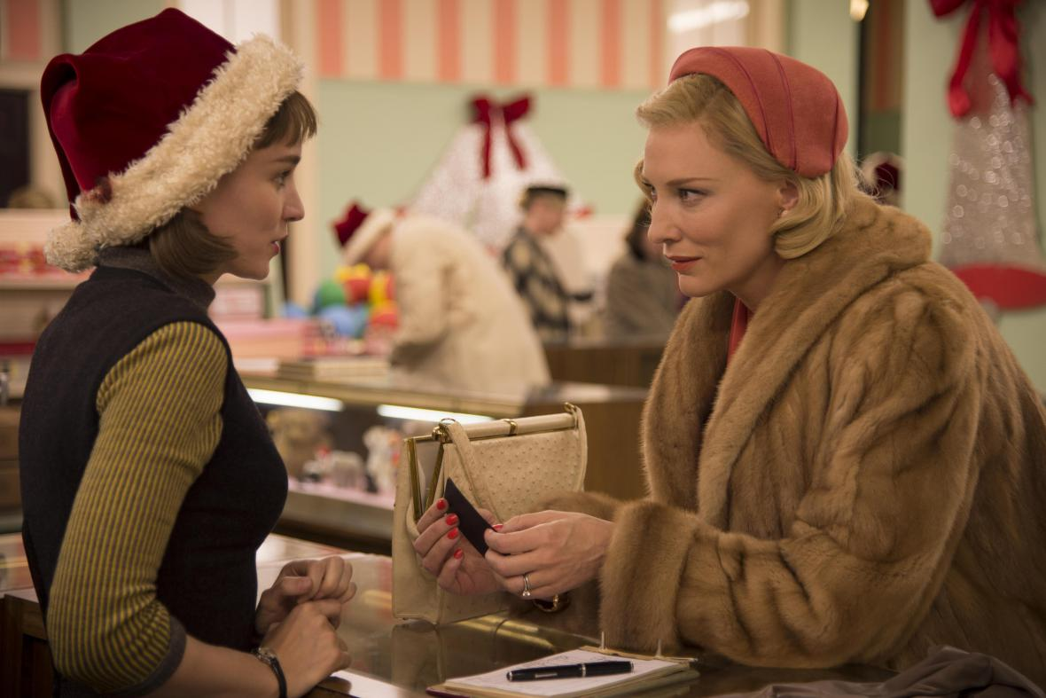 Carol / Rooney Mara a Cate Blanchettová