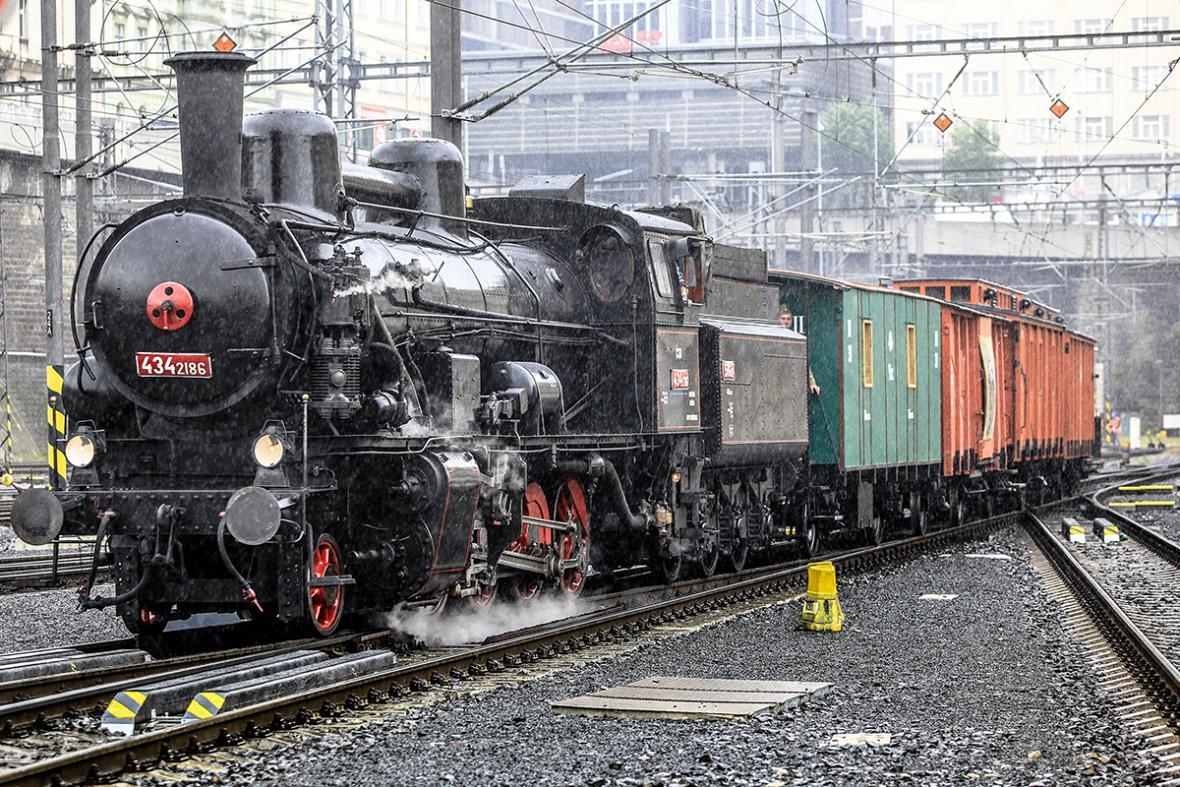 Legiovlak na hlavním nádraží v Praze