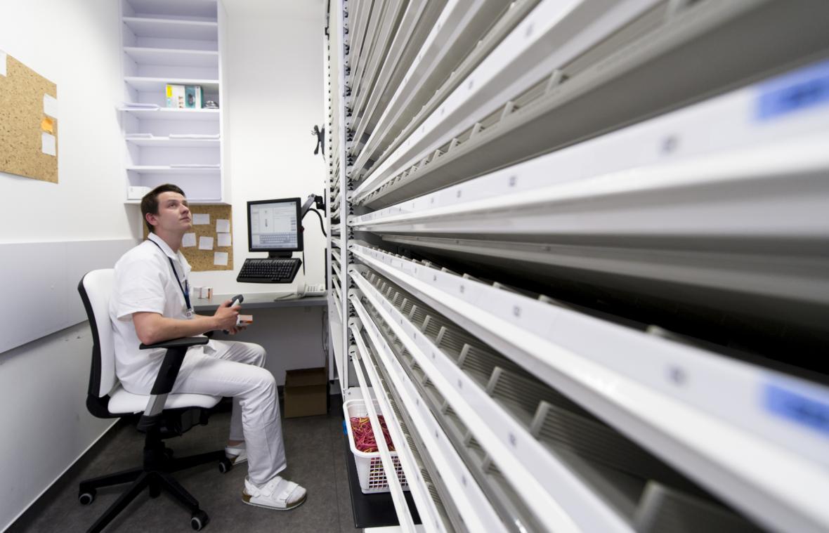 Lékárna U Modrého robota ve Fakultní nemocnici Hradec králové