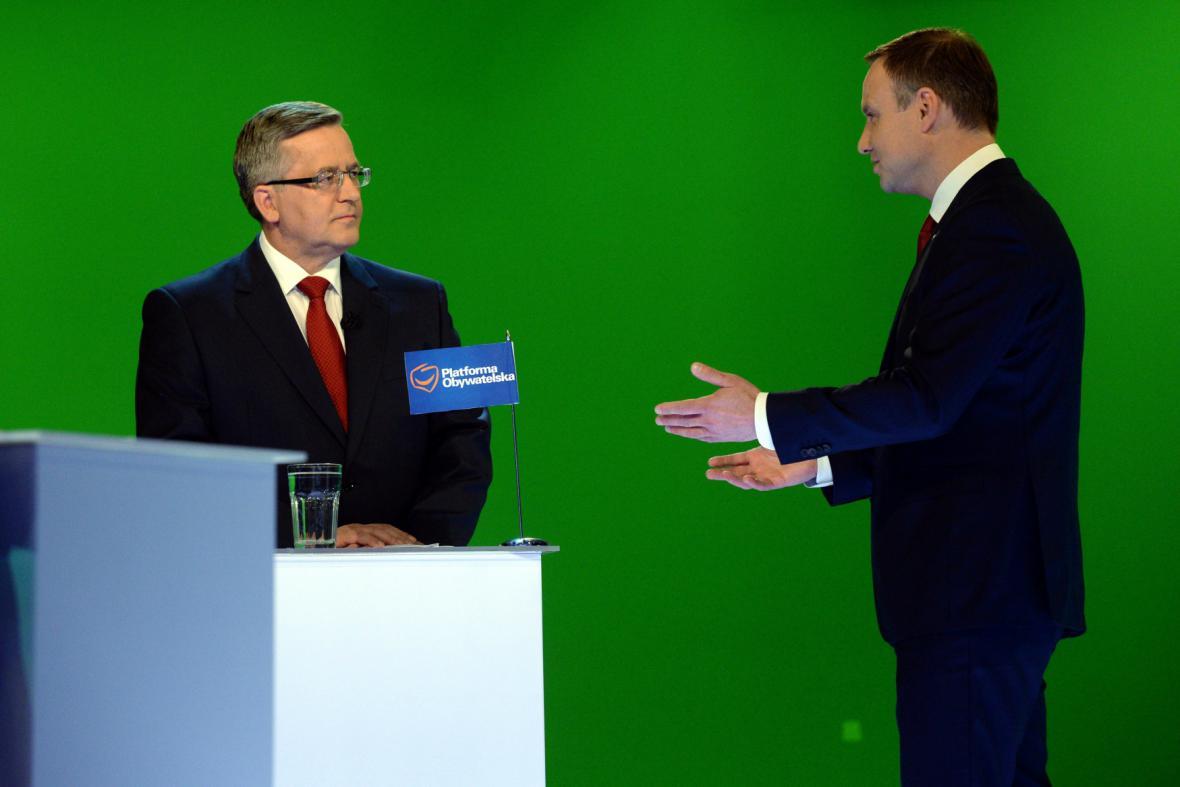 Komorowski a Duda během poslední debaty
