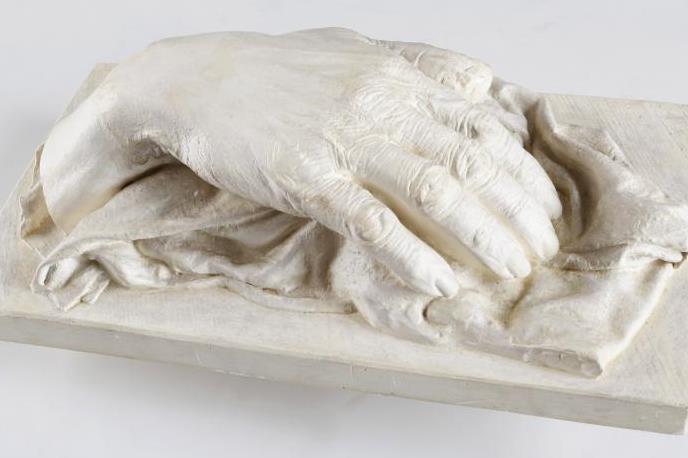 Posmrtný odlitek pravé ruky Julia Zeyera