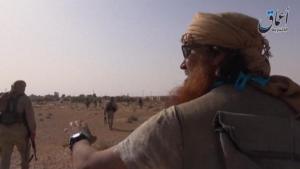 Z nahrávky islamistů poblíž Palmýry