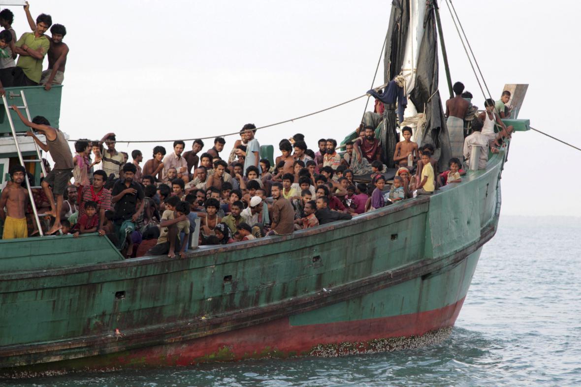 Barmští a bangladéšští uprchlíci v Acehu