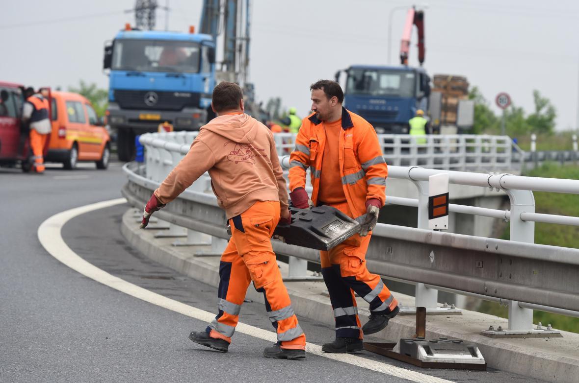 Oprava dálničních mostů v Ostravě