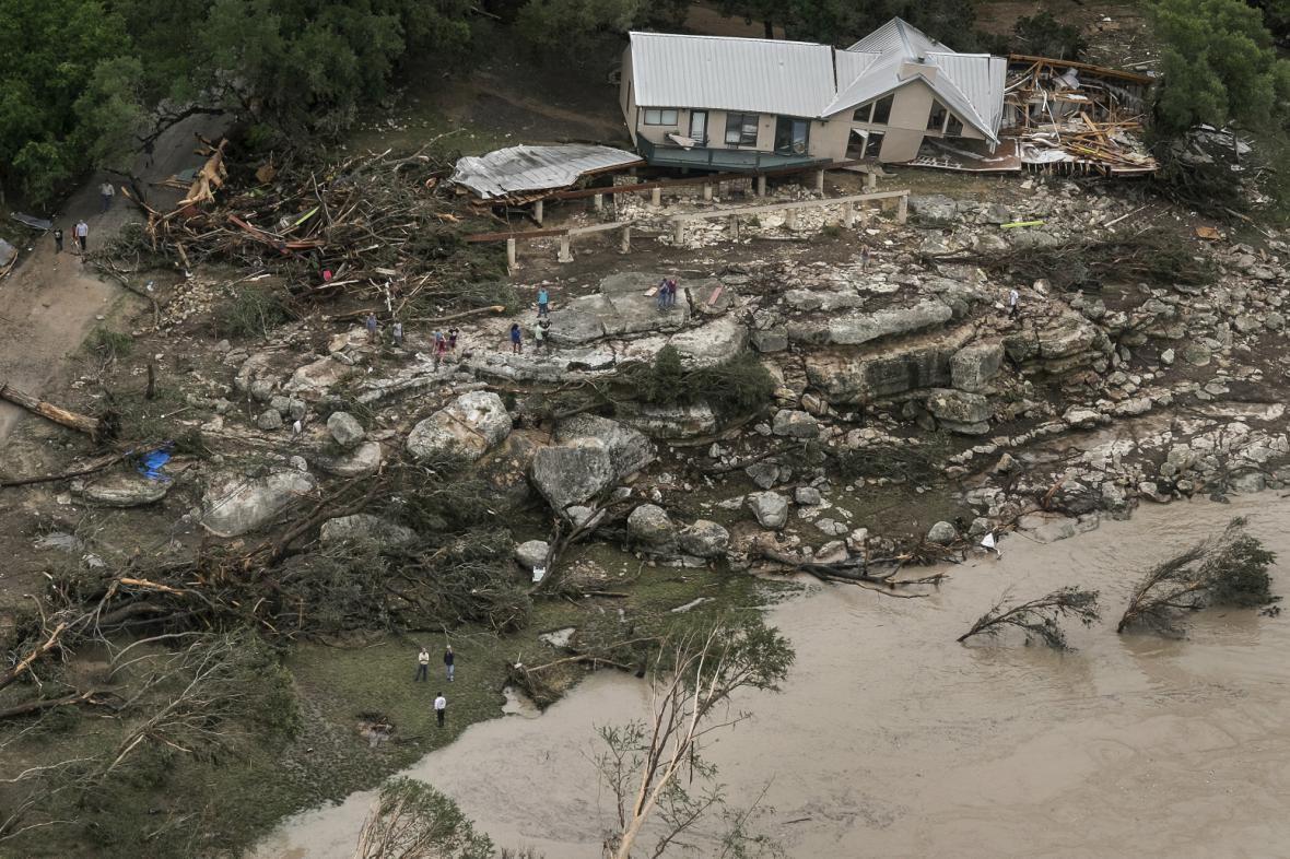 Následky prudkých dešťů v Texasu