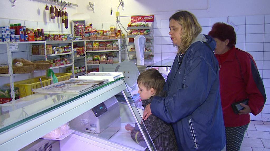 Řezník v Loučovicích dobře pozná, kdy lidé dostanou výplatu nebo sociální dávky