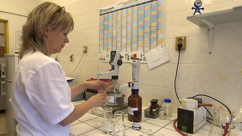 Výzkum kvality vody v laboratoři