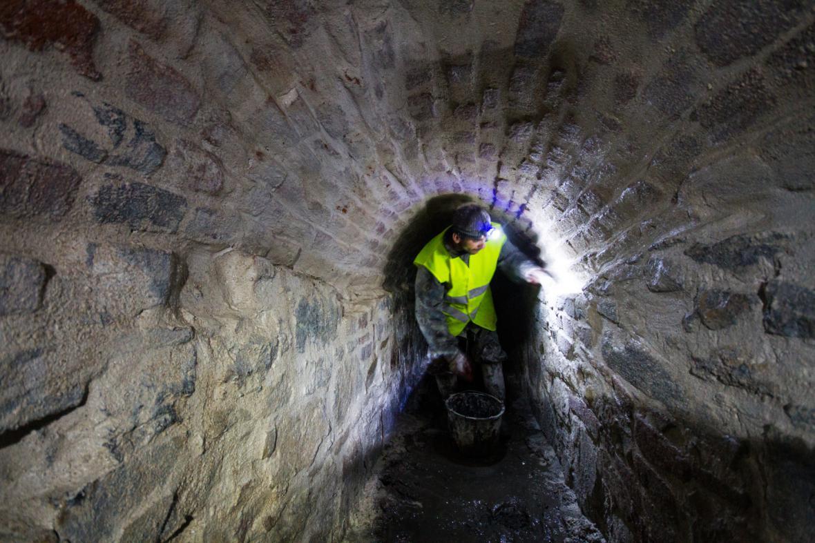 Oprava historické kanalizace v Terezíně