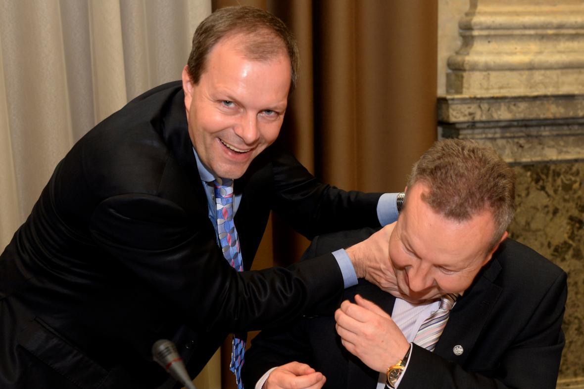 Ministr školství Marcel Chládek a ministr životního prostředí Richard Brabec