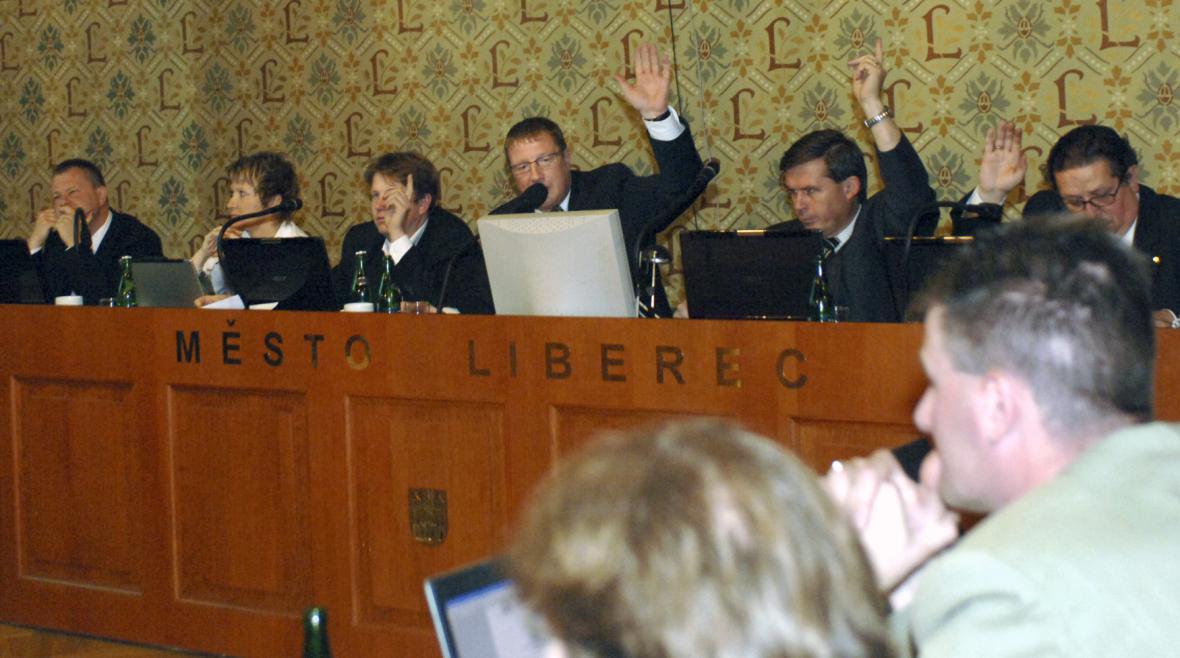 Zastupitelstvo Liberce na archivním snímku z roku 2007