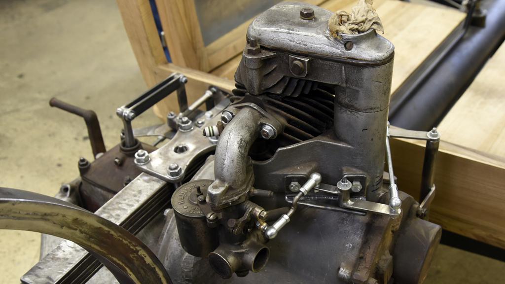 Replika tříkolky Tatra 49