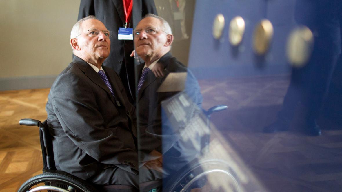Německý ministr financí Wolfgang Schäuble při setkání zemí G7 v Drážďanech