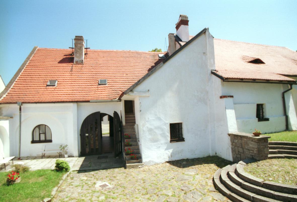 Rodný dům mistra Jana Husa před rekonstrukcí